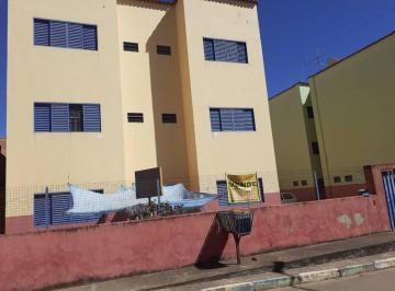 Apartamento de 24 quartos, São Sebastião