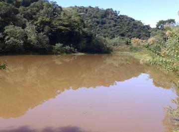 Rural de 4 quartos, Cachoeiras de Macacu