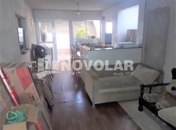 Casa · 250m² · 5 Quartos · 4 Vagas