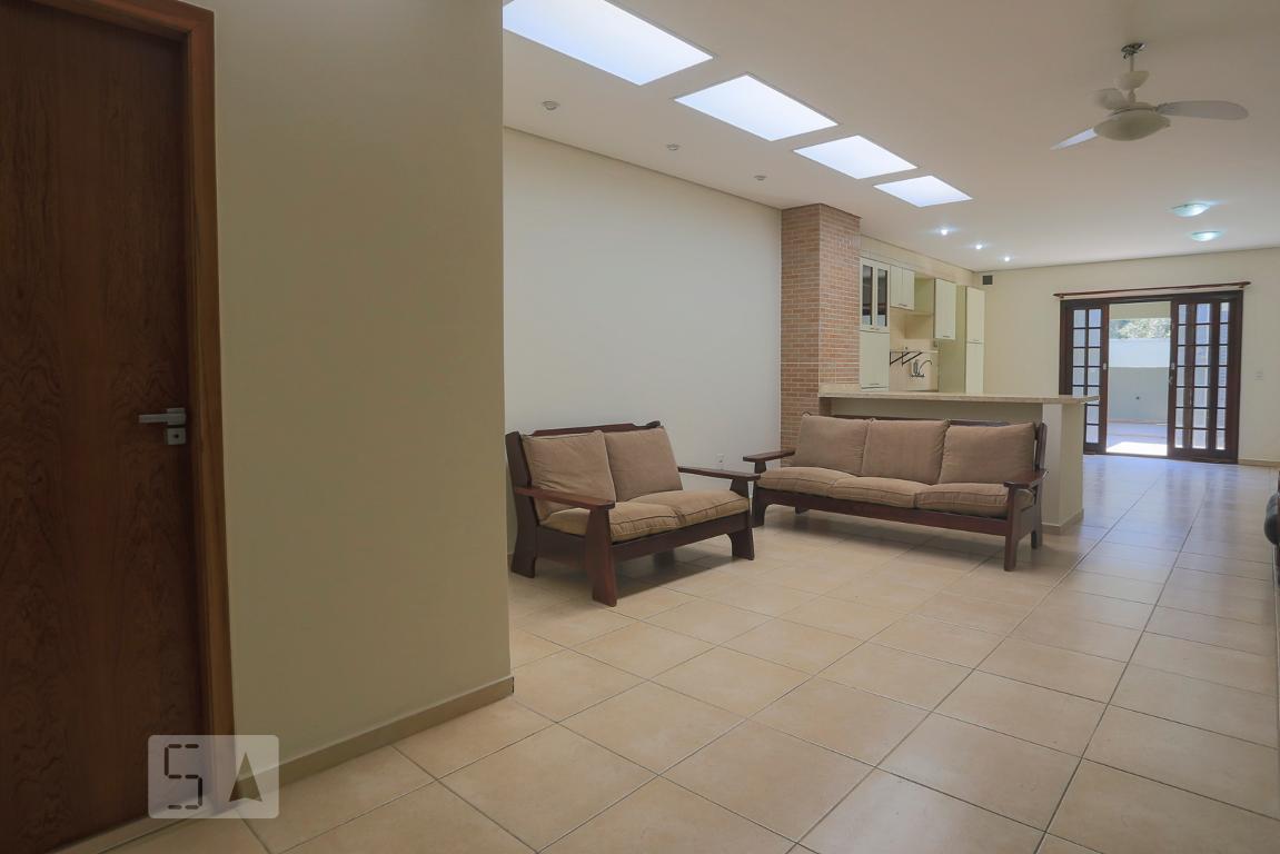 Casa para Aluguel - Liberdade, 2 Quartos,  110 m²