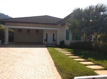 17804_casa-terrea-condominio-03-dorms-sala-03-ambientes-04-vagas-lazer-enseada-guaruja-2.jpg