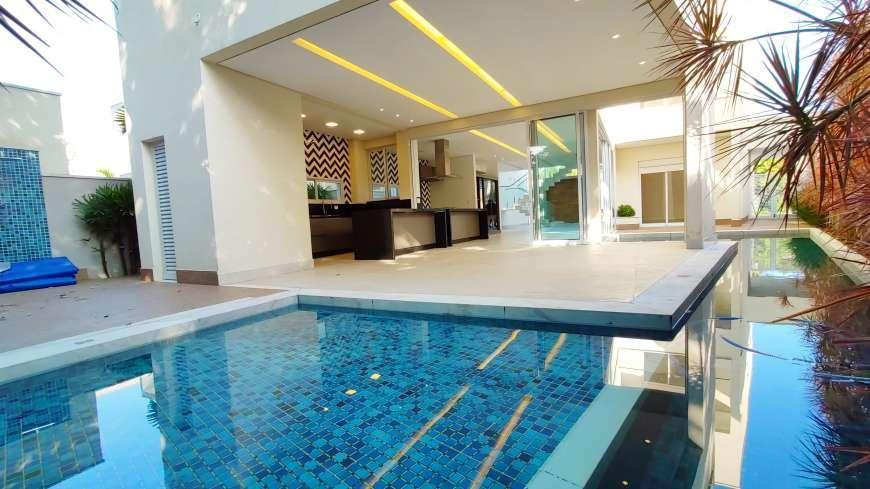 Casa a venda na Riviera com 456,00 m ² , 06 Suítes