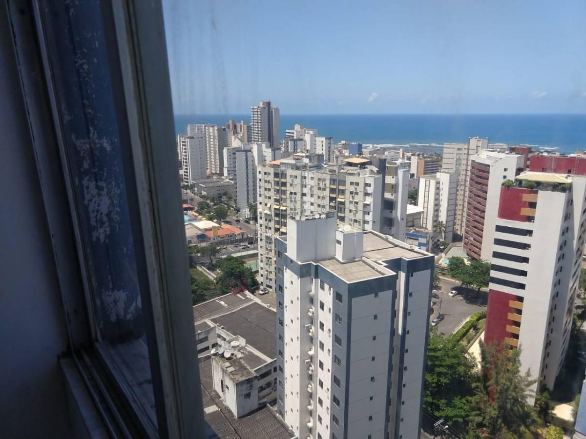 Apartamento 3 quartos, Parque Julio Cesar, andar alto, vista mar, nascente