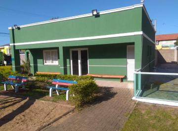 Casa · 80m² · 3 Quartos · 3 Vagas