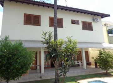Casa · 330m² · 3 Quartos