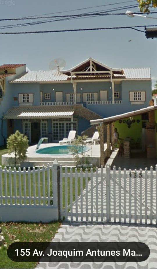 Casa para venda possui 235 metros quadrados Araruama - RJ