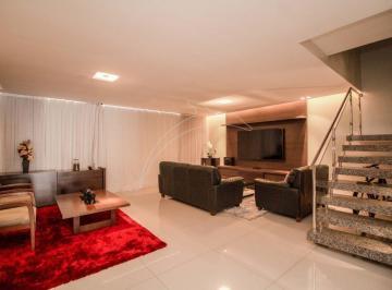 Casa · 300m² · 4 Quartos · 1 Vaga