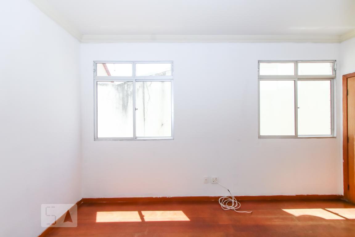 Apartamento para Aluguel - Jardim América, 2 Quartos,  68 m²