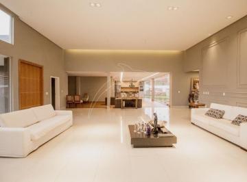 Casa · 560m² · 4 Quartos · 4 Vagas