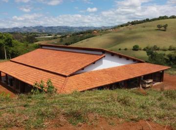 Rural de 4 quartos, Cambuí