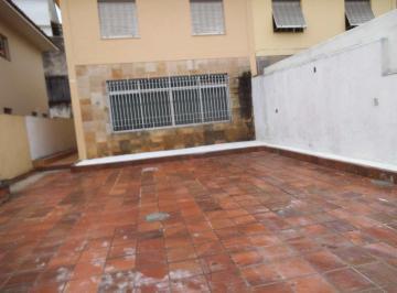 Casa · 229m² · 3 Quartos · 5 Vagas