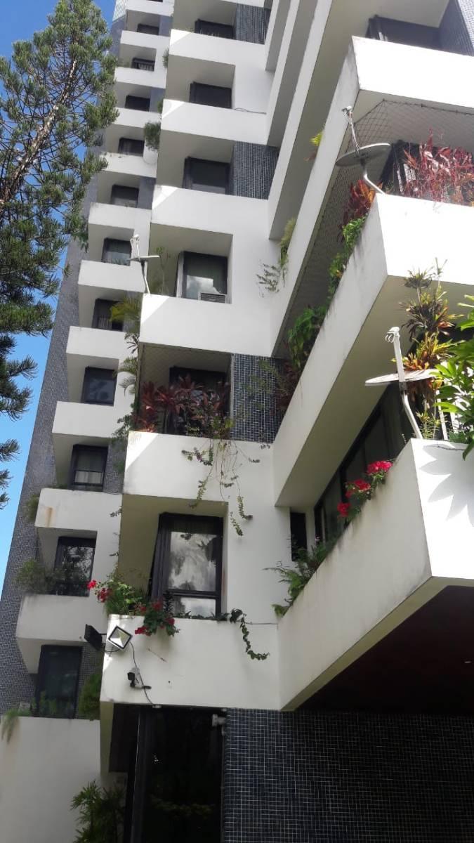 Belíssimo! Apartamento 350 m²,  4 Quartos, 2 Garagens - Chame Chame