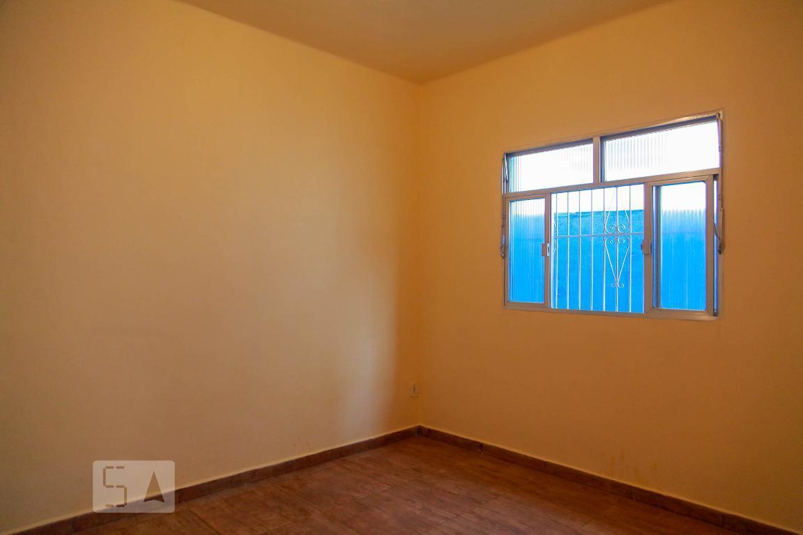 Casa para Aluguel - Pilares, 1 Quarto,  60 m²