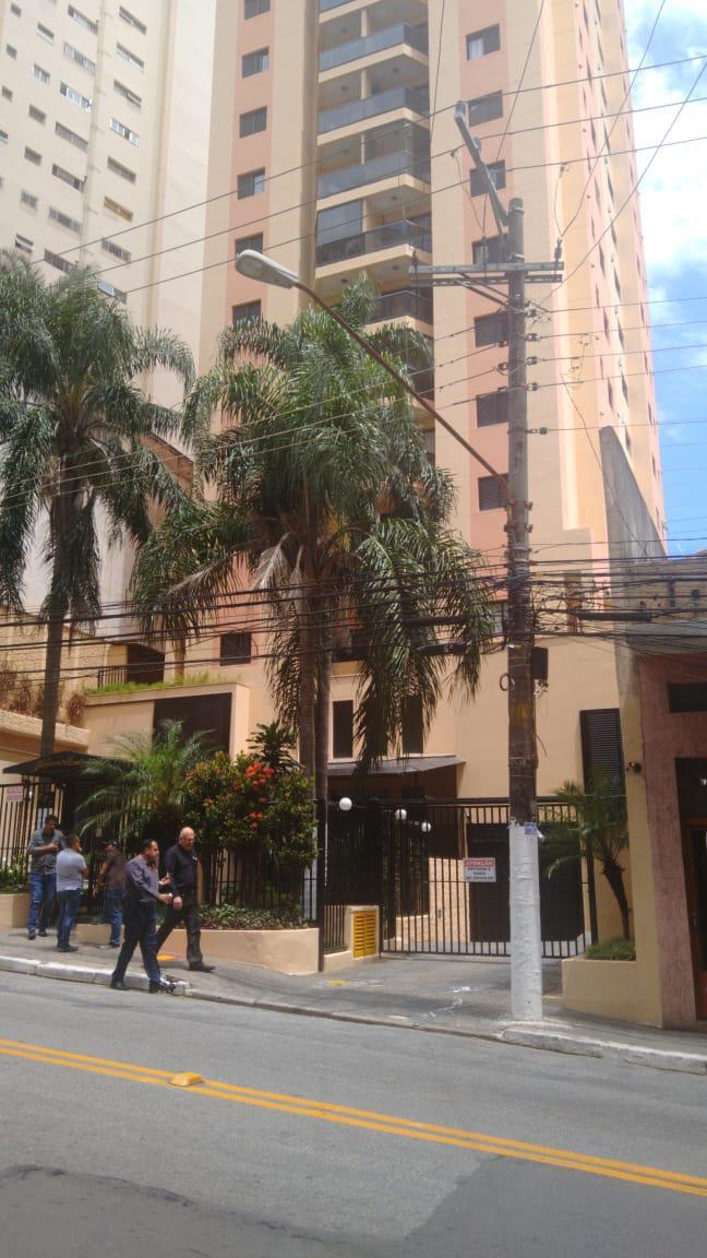 APTO EM OFERTA POR R$ 181.000,00 NA AV PAULA FERREIRA .
