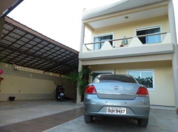 Casa · 128m² · 4 Quartos · 4 Vagas