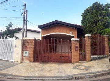 Casa · 188m² · 3 Quartos · 2 Vagas