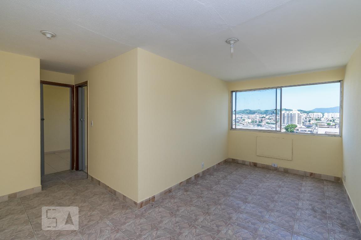 Apartamento para Aluguel - Irajá, 2 Quartos,  48 m²