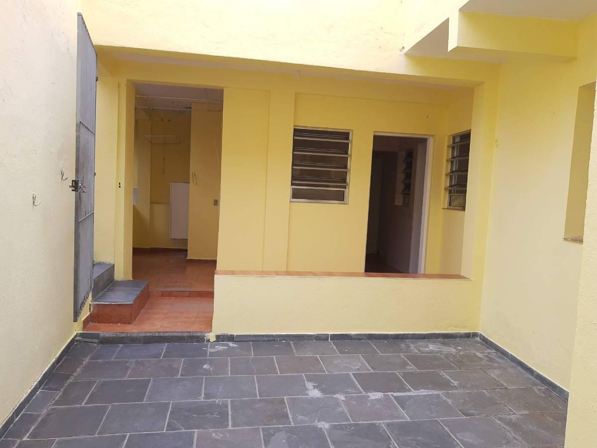 Casa 2 quartos, 1 suite - Vila Residencial a 3 quadras metrô São Judas