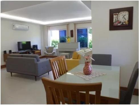 Casa linear 4 quartos em condomínio em Várzea das Moças