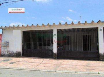 Casa · 262m² · 3 Quartos · 2 Vagas
