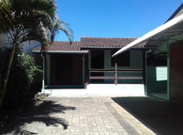 Casa · 93m² · 3 Quartos · 2 Vagas