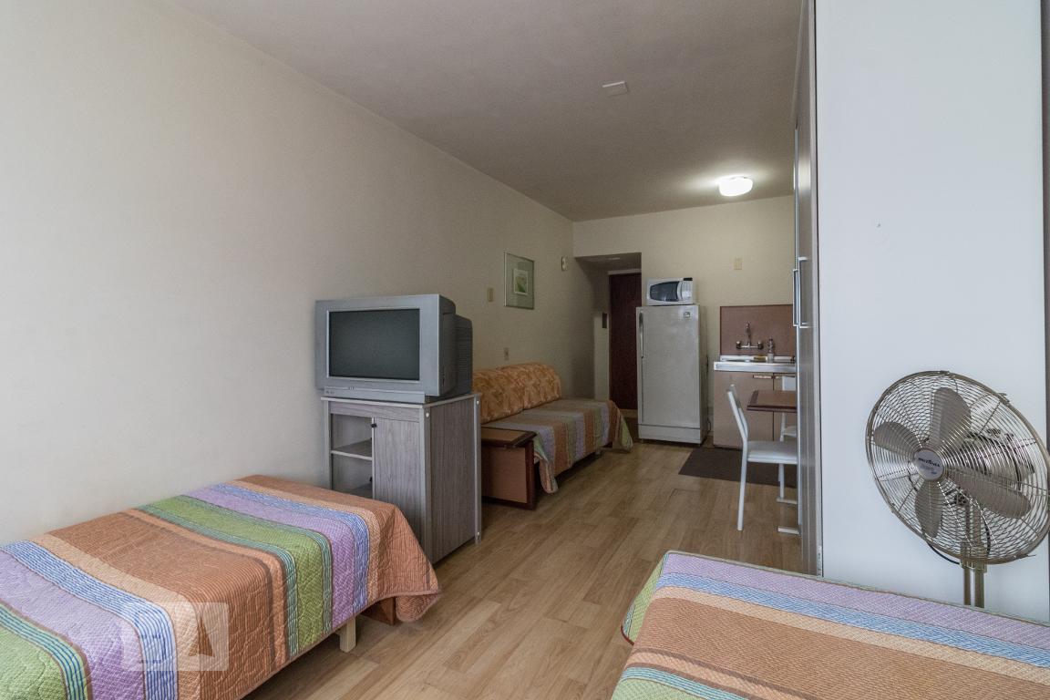 Apartamento para Aluguel - Centro Cívico, 1 Quarto,  33 m²