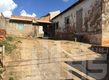 Casa · 250m² · 2 Quartos · 1 Vaga