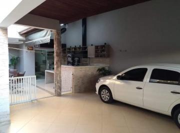 Casa à venda no Jardim Panorama em Salto