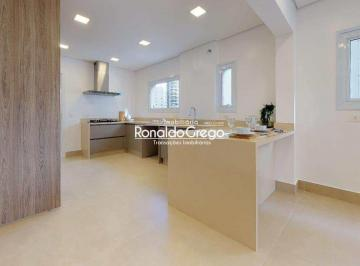Apartamento · 192m² · 3 Quartos · 3 Vagas