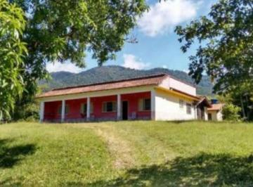 Rural de 8 quartos, Itanhaém