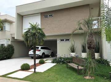 Casa · 350m² · 3 Quartos · 4 Vagas