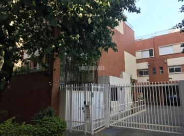 Casa · 270m² · 3 Quartos · 2 Vagas
