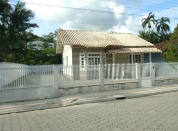 Casa · 83m² · 2 Quartos · 2 Vagas
