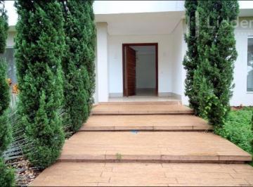Casa en Aluguel de 5 quartos Jardins Madri