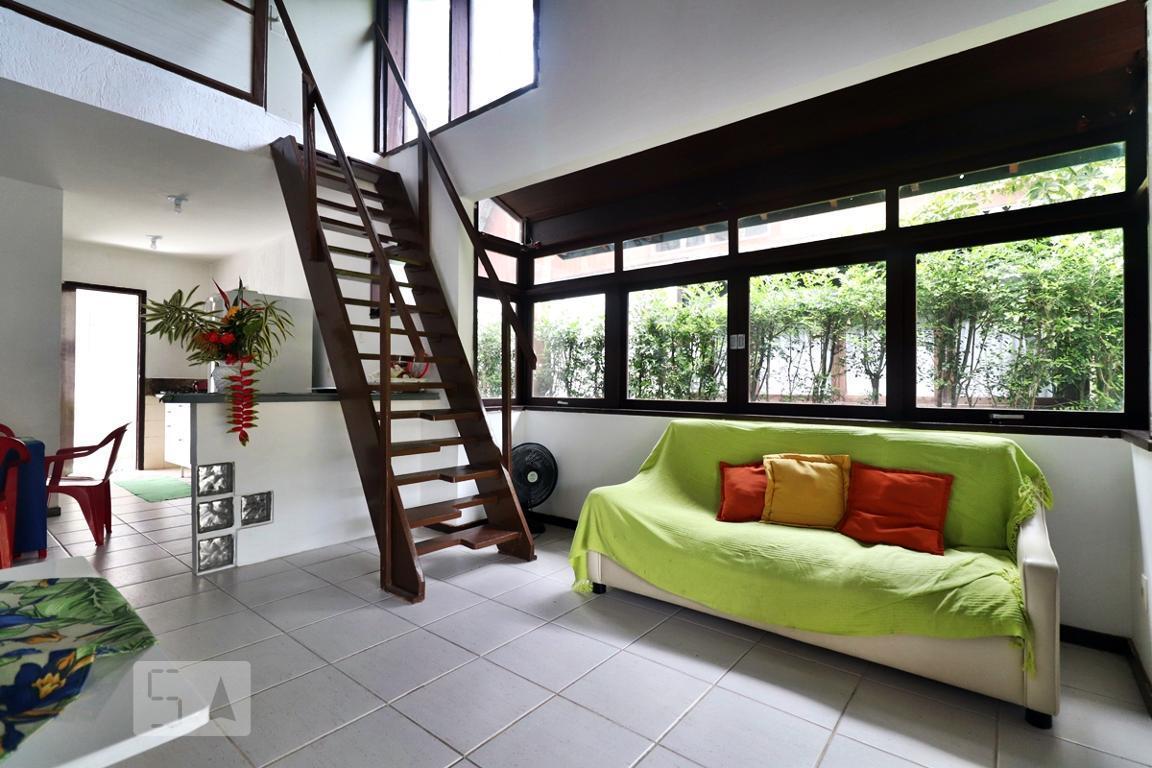 Casa para Aluguel - Vargem Grande, 2 Quartos,  70 m²