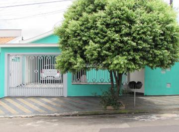 Casa · 135m² · 2 Quartos · 3 Vagas