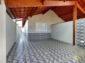 Casa · 80m² · 2 Quartos · 2 Vagas
