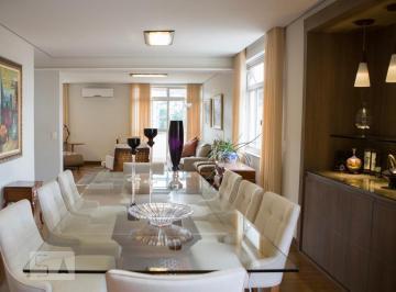 Apartamento · 200m² · 4 Quartos · 2 Vagas