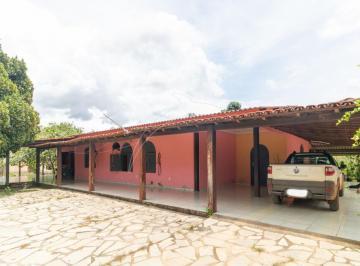 Rural · 300m² · 4 Quartos · 3 Vagas