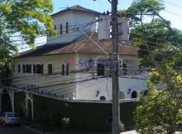 Casa · 505m² · 5 Quartos · 4 Vagas