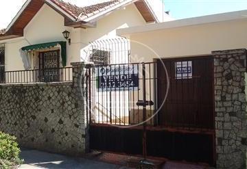 Grajaú-Rua Henrique Morize - 4 quartos - 2 vagas - Casa com árvores fr