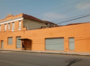 Casa · 360m² · 6 Quartos