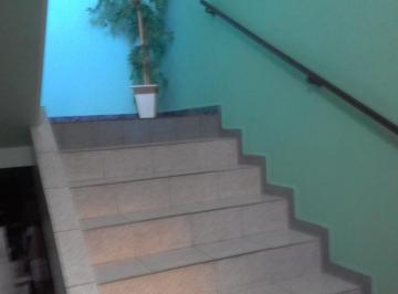 Casa · 380m² · 3 Quartos · 2 Vagas