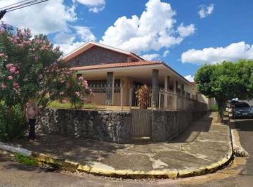 Casa de 3 quartos, Junqueirópolis