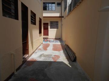 Casa · 247m² · 5 Quartos · 3 Vagas