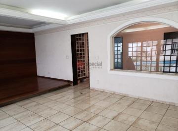 Casa · 300m² · 3 Quartos · 5 Vagas