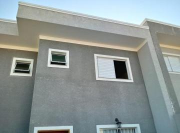 Casa · 98m² · 2 Quartos · 2 Vagas
