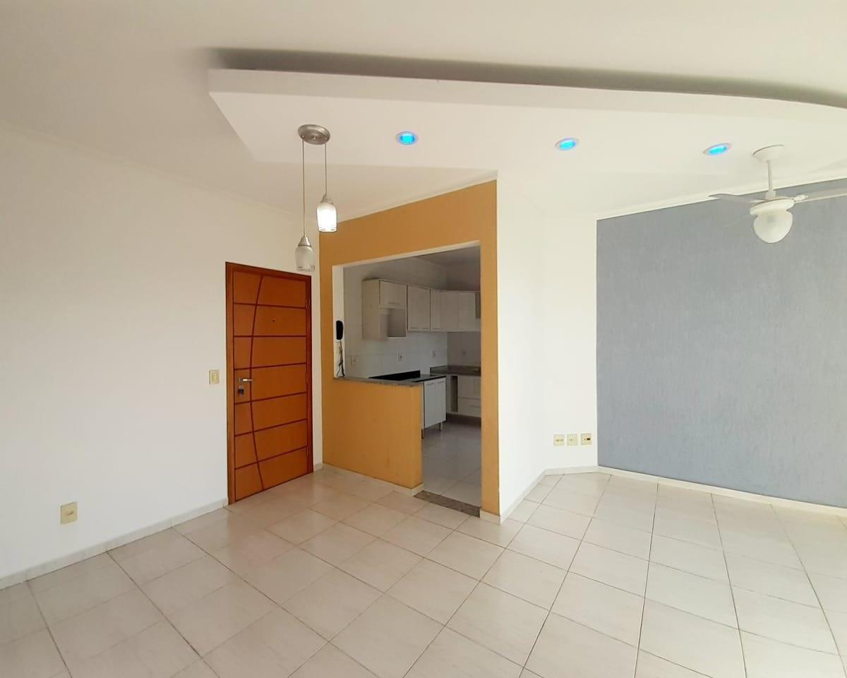 Apartamento à venda, 3 quartos, 1 suíte, 1 vaga, Vila Brizzola - Indaiatuba/SP