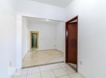 Casa · 82m² · 2 Quartos · 2 Vagas