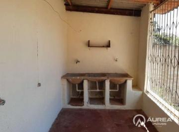 Casa · 120m² · 2 Quartos · 3 Vagas